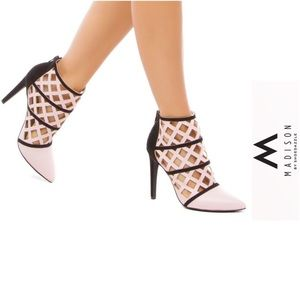 NEW Madison by Shoedazzle Ygrette cage booties 8